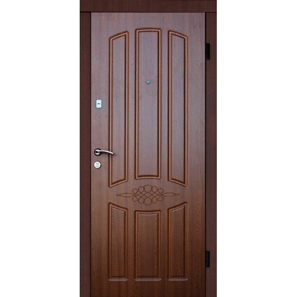 Двері вхідні Класік Екстра М 8, Праві, О, 2050, 860, горіх темн мат, горіх темн мат, D138